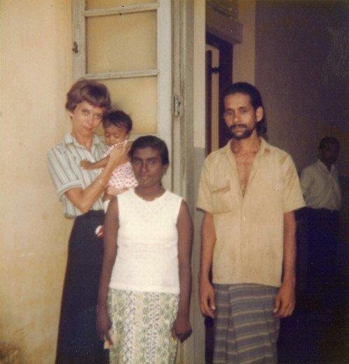 Sheila Åberg kom på i vuxen ålder att hon behövde söka sina rötter